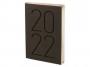 R005189Q - kalendarz książkowy A5 Antra ART 2022 r., dzień na stronie, oprawa twarda
